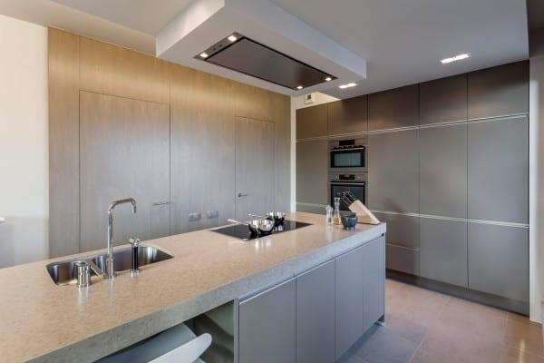 Greeploze keuken met eiland – Hasselt